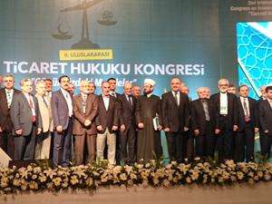 Bakan Şimşek, İslam Ticaret Hukuku Kongresi'ne Katıldı